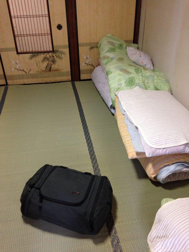 Tom Bihn Aeronaut cozy in a Japanese inn.